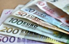 European Central Bank poised to launch €1tn quantitative easing